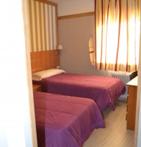 Hab Doble Hostal (2)